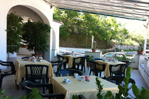 Hotels in Maratea, beach hotels, hotels southern italy, maratea three star hotels, holidays in maratea, fiumicello, aquafredda, hotel accommodation